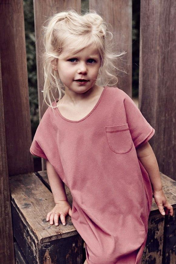 girl-oversized-tee-dress_blush_1